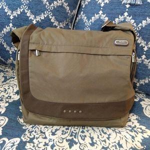 🍀 Tumi olive ballistic nylon padded laptop bag